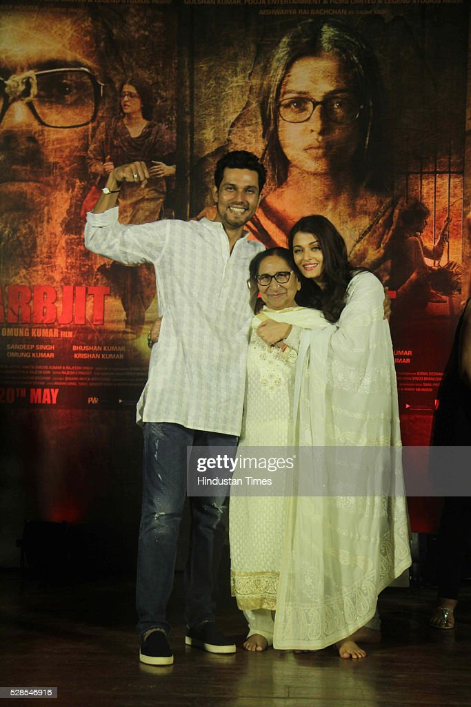Bollywood actors Randeep Hooda, Aishwarya Rai Bachchan with Sarabjit Singh's sister Dalbir Kaur pay homage during the 3rd death anniversary of Sarabjit Singh - a farmer from Punjab who was convicted of terrorism and spying by a Pakistani court, at ISKCON, Juhu, on May 4, 2016 in Mumbai, India. The function started with the recitation of some hymns from the Guru Granth Sahib, followed by the introduction of Sarabjit's family by the film's cast. The film will be narrated through the perspective of Sarabjit Singh's sister Dalbir Kaur played by Aishwarya Rai. The movie is schedule to release on May 20, 2016.