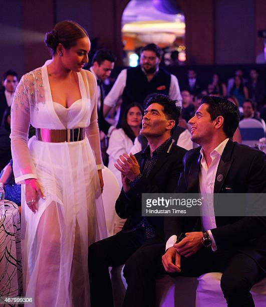 Bollywood actors Sonakshi Sinha Sidharth Malhotra and fashion designer Manish Malhotra during the Hindustan Times Mumbai's Most Stylish Awards 2015...