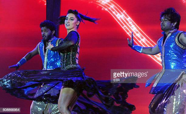 US Bollywood actress and contemporary dancer Lauren Gottlieb performs at the 'National Jewellery Awards 2016' ceremony in Mumbai on February 6 2016...
