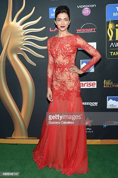 Bollywood actress Deepika Padukone arrives to the IIFA Awards at Raymond James Stadium on April 26 2014 in Tampa Florida