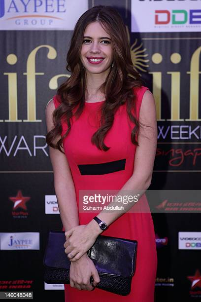 Bollywood actress Kalki Koechlin poses at the IIFA green carpet event at the 2012 International India Film Academy Awards at the Singapore Indoor...