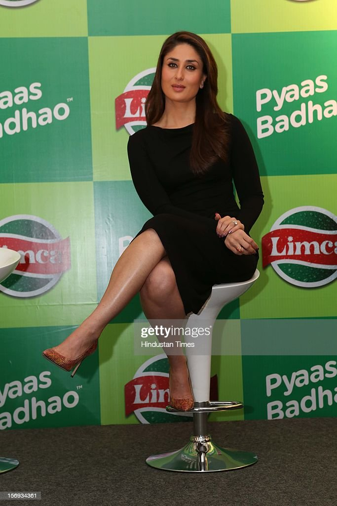 Bollywood actress <a gi-track='captionPersonalityLinkClicked' href=/galleries/search?phrase=Kareena+Kapoor&family=editorial&specificpeople=855270 ng-click='$event.stopPropagation()'>Kareena Kapoor</a> at the Limca's Meet and Greet with Kareena event on November 20, 2012 in New Delhi, India.