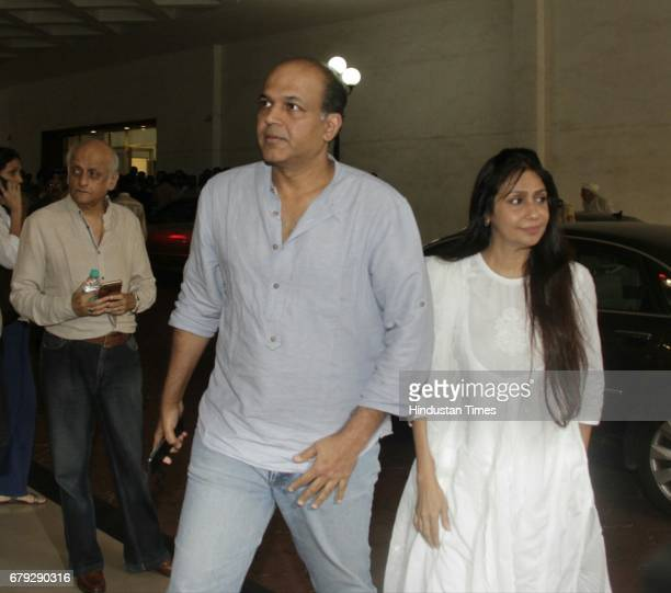 Bollywood filmmaker Ashutosh Gowariker during the prayer meeting organised for the late Bollywood veteran Vinod Khanna at Worli on May 3 in New Delhi...