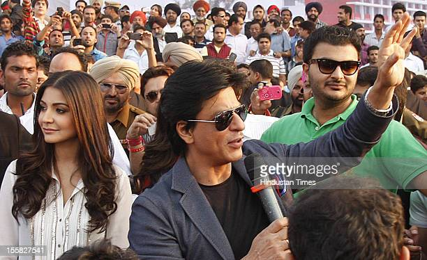 Bollywood stars Shahrukh Khan and Anushka Sharma visit Doaba College as a tribute to late Yash Chopra who was alumni of the college on November 7...