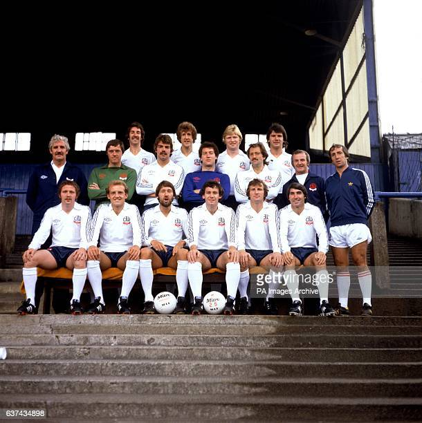 Peter Nicholson Alan Gowling Mike Walsh Paul Jones manager Ian Greaves Terry Poole Sam Allardyce Jim McDonagh Frank Worthington assistant manager...
