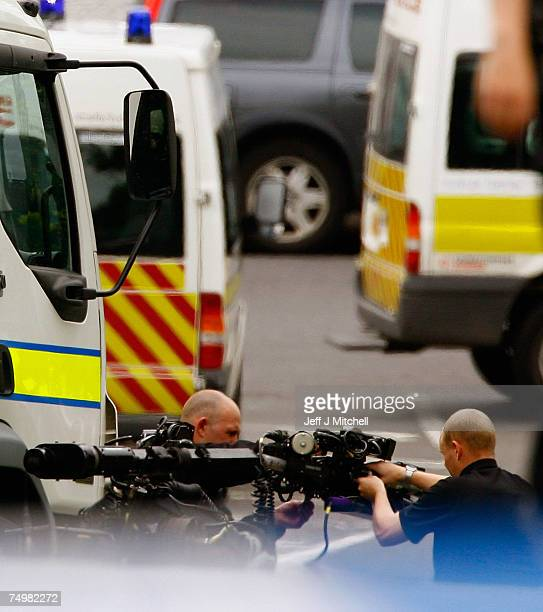 Bomb disposal experts on there way to carrying out a controlled explosion at Royal Alexandra Hospital June 2 2007 in Glasgow Scotland Police have...