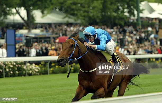 Racing Cox Plate Moonee Valley Race 4 Bomber Bill ridden by jockey Steven Arnold is first past the post 23 Oct 2004 The Age Picture by RAY KENNEDY