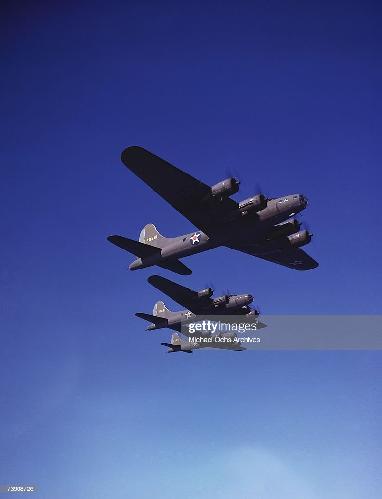 B17 bombers make their way to England to aid the British in World War II in April 1942