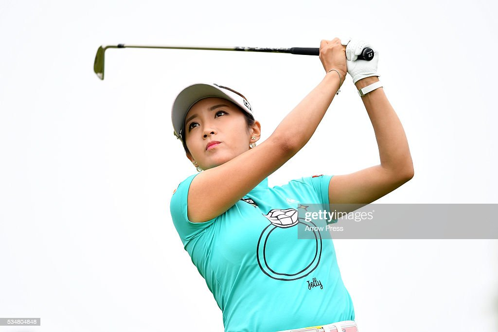 Bo-Mee Lee of South Korea hits her tee shot on the 3rd hole during second round of the Resorttrust Ladies at the Grandee Naruto Golf Club XIV on May 28, 2016 in Naruto, Japan.