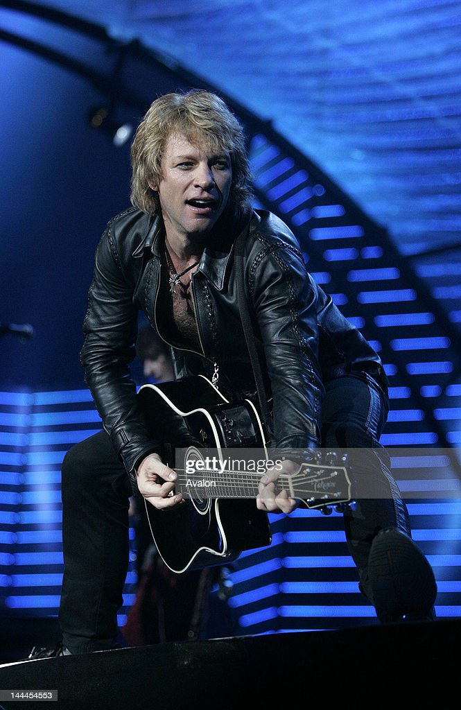 Bon Jovi on the European leg of their 'Have a nice day' Tour 2006. Dusseldorf, Germany.; 13th May 2006; Job : 11756;