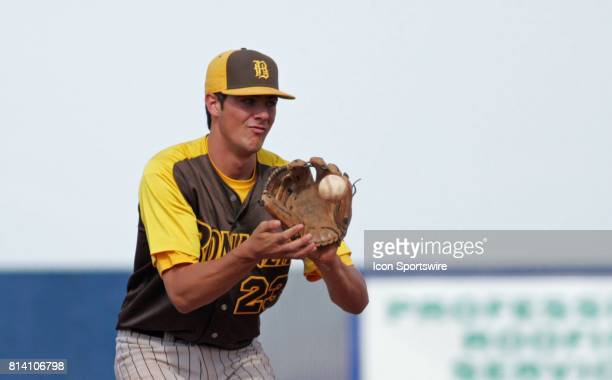 Bonanza Bengals shortstop Kris Bryant catches a throw after an out was made against Sierra Vista during their NIAA Sunset Region prep playoff...
