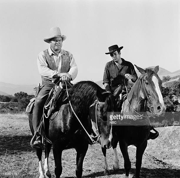 Bonanza 'The Hopefuls' Episode 5 Pictured Dan Blocker as Eric 'Hoss' Cartwright Pernell Roberts as Adam Cartwright Photo by NBC/NBCU Photo Bank