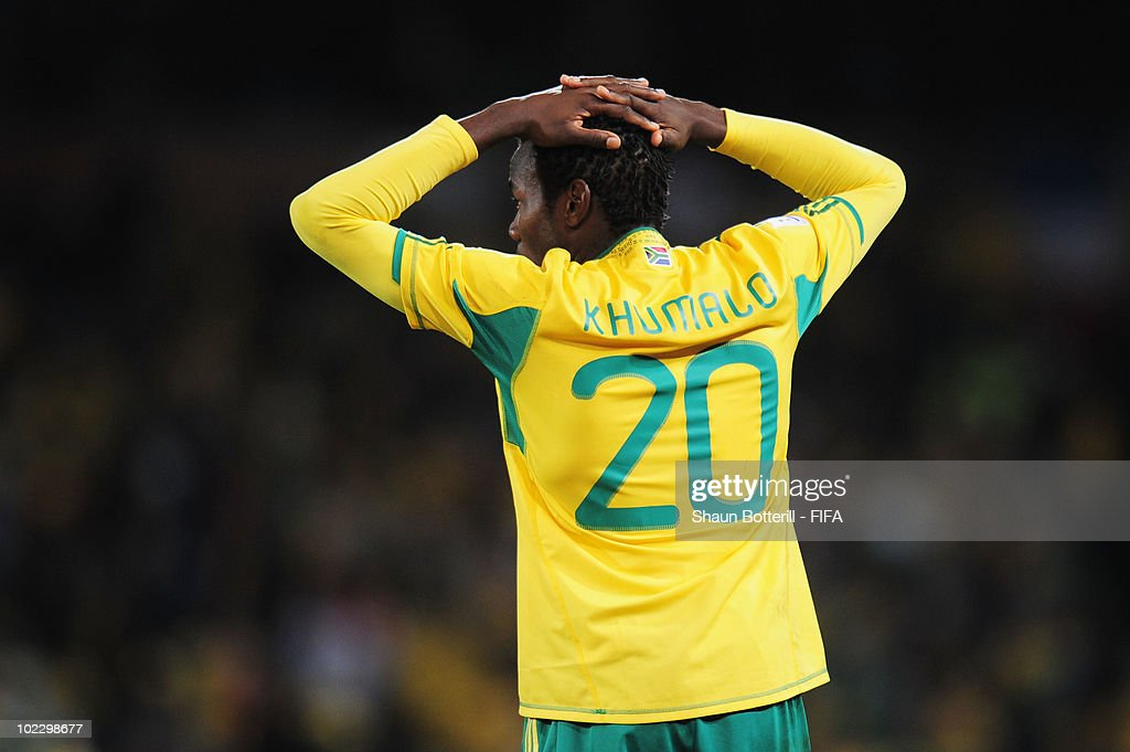 <a gi-track='captionPersonalityLinkClicked' href=/galleries/search?phrase=Bongani+Khumalo&family=editorial&specificpeople=4501463 ng-click='$event.stopPropagation()'>Bongani Khumalo</a> of South Africa reacts during the 2010 FIFA World Cup South Africa Group A match between France and South Africa at the Free State Stadium on June 22, 2010 in Mangaung/Bloemfontein, South Africa.