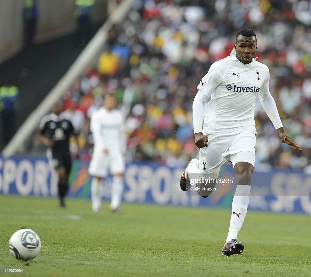 <a gi-track='captionPersonalityLinkClicked' href=/galleries/search?phrase=Bongani+Khumalo&family=editorial&specificpeople=4501463 ng-click='$event.stopPropagation()'>Bongani Khumalo</a> of Tottenham in action during the 2011 Vodacom Challenge final match between Orlando Pirates and Tottenham Hotspur at Coca Cola Stadium on July 23, 2011 in Johannesburg, South Africa.