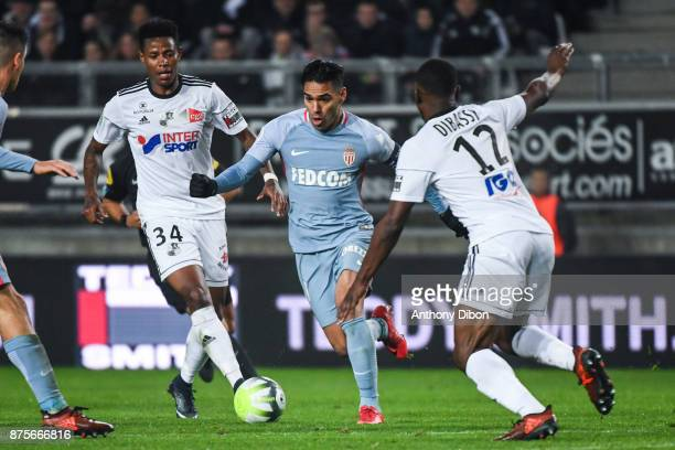Bongani Zungu of Amiens and Radamel Falcao of Monaco during the Ligue 1 match between Amiens SC and AS Monaco at Stade de la Licorne on November 17...
