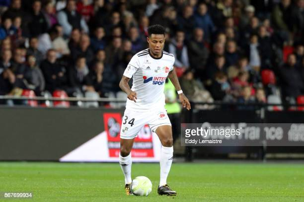 Bongani Zungu of Amiens during the Ligue 1 match between EA Guingamp and Amiens SC at Stade du Roudourou on October 28 2017 in Guingamp France