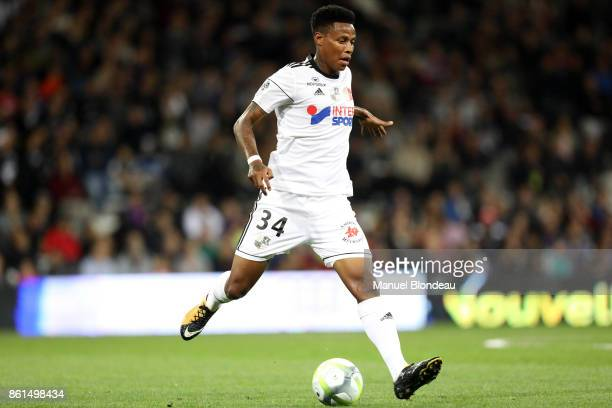 Bongani Zungu of Amiens during the Ligue 1 match between Toulouse and Amiens SC at Stadium Municipal on October 14 2017 in Toulouse