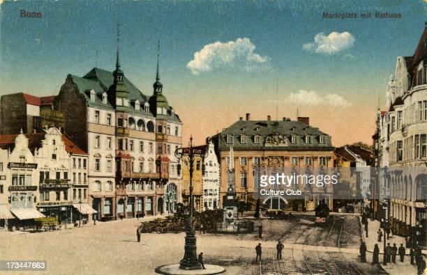 Markipiatz mit Rathaus Postcard