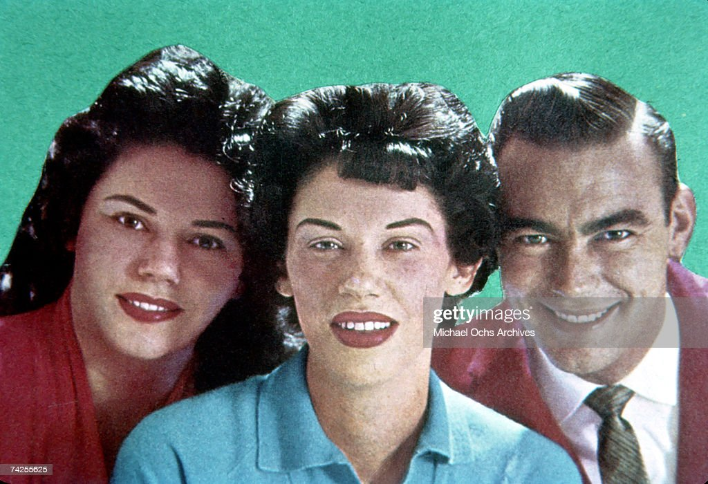 Bonnie Brown, Maxine Brown and Jim Ed Brown of the brother and sister country group 'The Browns' pose for a portrait in circa 1957.