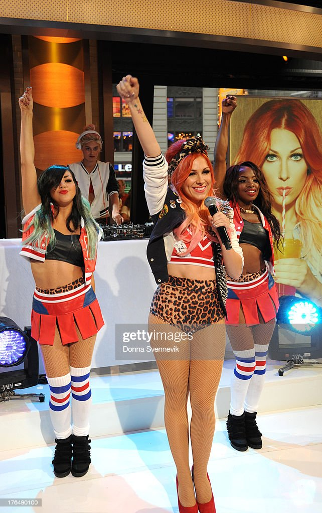 AMERICA - Bonnie McKee performs live on 'Good Morning America,' 8/13/13, airing on the ABC Television Network. BONNIE