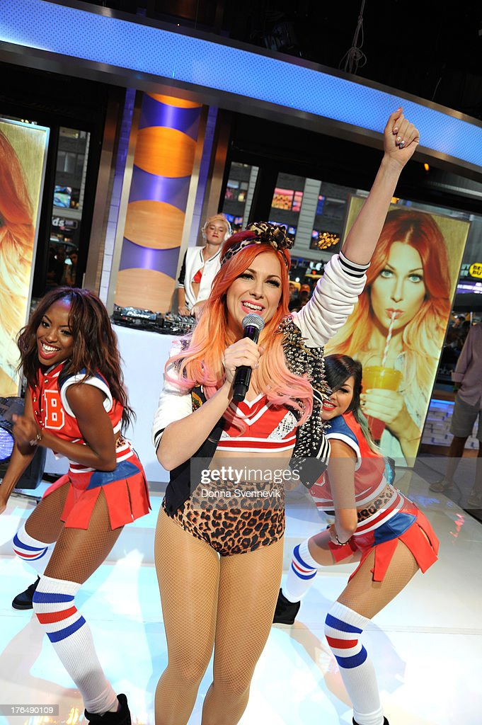 AMERICA - Bonnie McKee performs live on 'Good Morning America,' 8/13/13, airing on the ABC Television Network. MCKEE