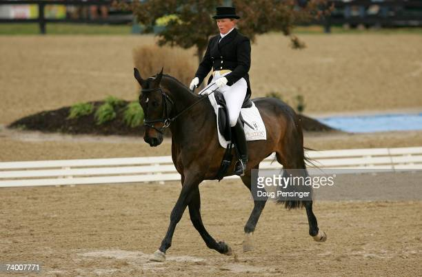 Bonnie Mosser of Unionville Pennsylvania atop Jenga competes in the Dressage Phase of the 2007 Rolex Kentucky ThreeDay Event at the Kentucky Horse...