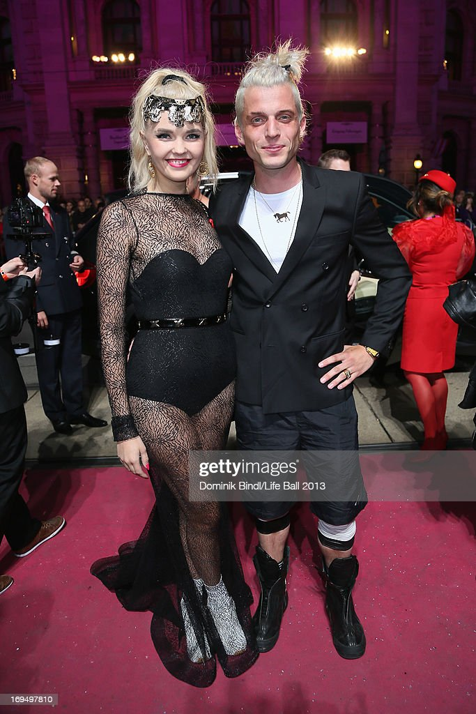 Bonnie Strange and Carl Jakob Haupt attend the 'Life Ball 2013 - Magenta Carpet Arrivals' at City Hall on May 25, 2013 in Vienna, Austria.