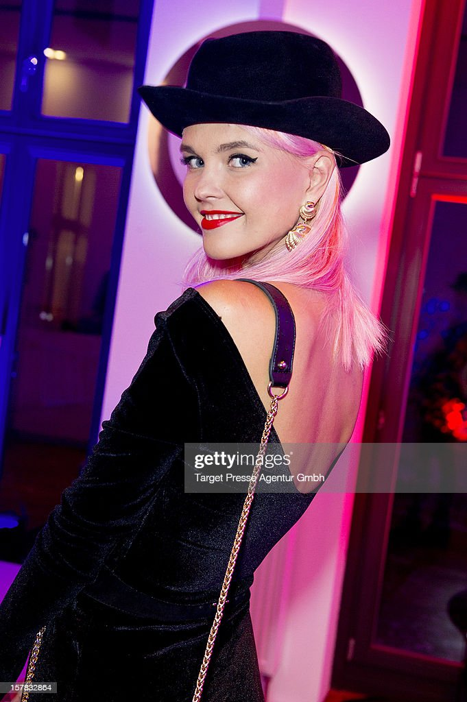 Bonnie Strange attends the Ebay Pop-Up Store opening at Oranienburger Strasse on December 6, 2012 in Berlin, Germany.