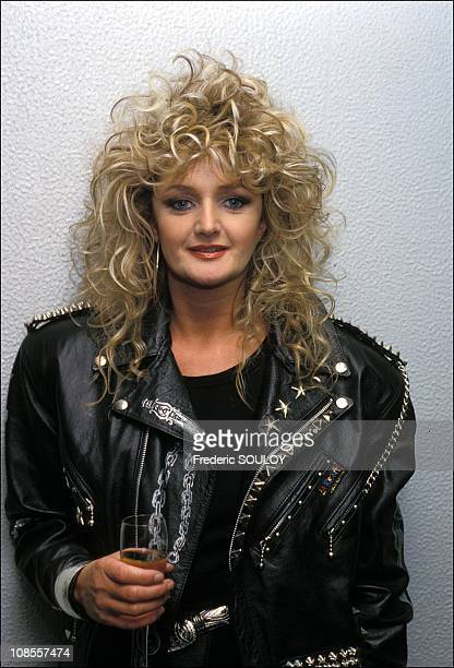 Bonnie Tyler publishes a new disc in France in May 1988