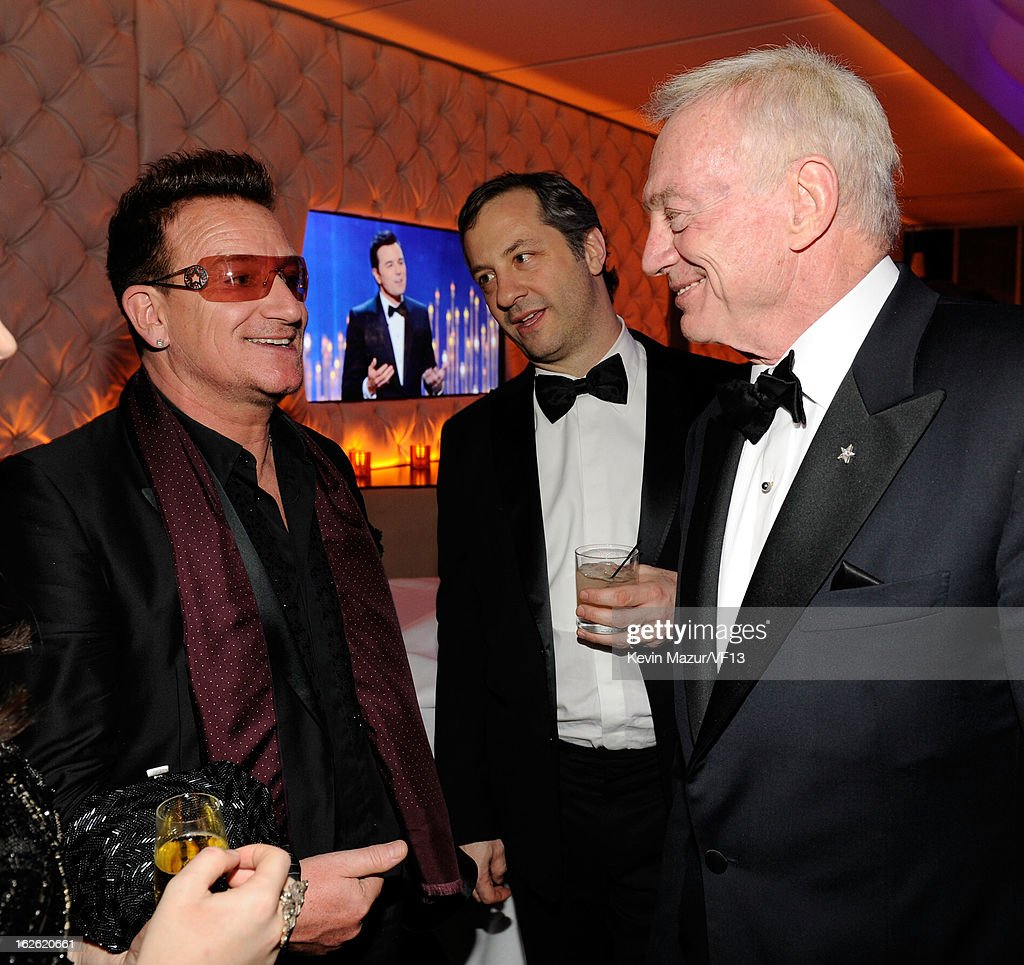 Bono and Judd Apatow attend the 2013 Vanity Fair Oscar Party hosted by Graydon Carter at Sunset Tower on February 24, 2013 in West Hollywood, California.