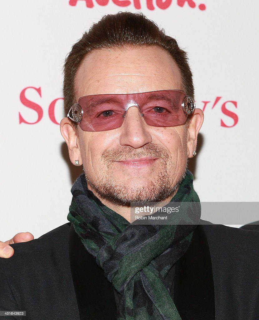 <a gi-track='captionPersonalityLinkClicked' href=/galleries/search?phrase=Bono+-+Singer&family=editorial&specificpeople=167279 ng-click='$event.stopPropagation()'>Bono</a> attends the 2013 (RED) Auction Celebrating Masterworks Of Design and Innovation on November 23, 2013 in New York, United States.