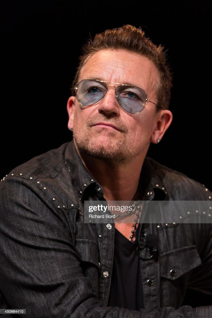 <a gi-track='captionPersonalityLinkClicked' href=/galleries/search?phrase=Bono+-+Singer&family=editorial&specificpeople=167279 ng-click='$event.stopPropagation()'>Bono</a> attends the '<a gi-track='captionPersonalityLinkClicked' href=/galleries/search?phrase=Bono+-+Singer&family=editorial&specificpeople=167279 ng-click='$event.stopPropagation()'>Bono</a> and Jonathan Ive Seminar' during the 2014 Cannes Lions Festival on June 21, 2014 in Cannes, France.