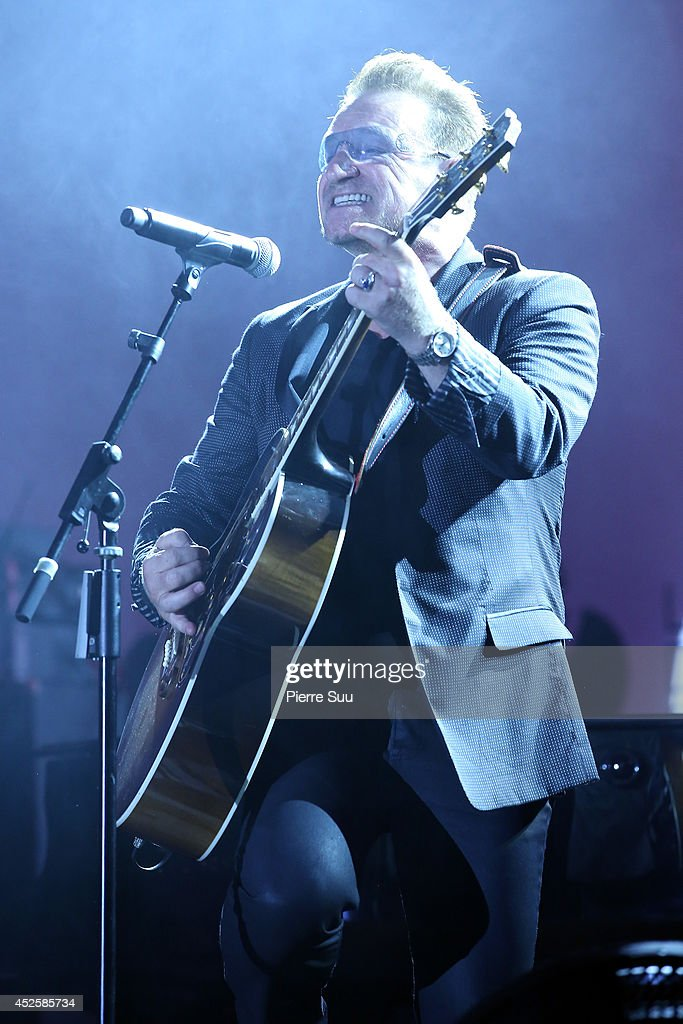 <a gi-track='captionPersonalityLinkClicked' href=/galleries/search?phrase=Bono+-+Singer&family=editorial&specificpeople=167279 ng-click='$event.stopPropagation()'>Bono</a> performs onstage during the Leonardo Dicaprio Foundation Inaugurational Gala at Domaine Bertaud Belieu on July 23, 2014 in Saint-Tropez, France.