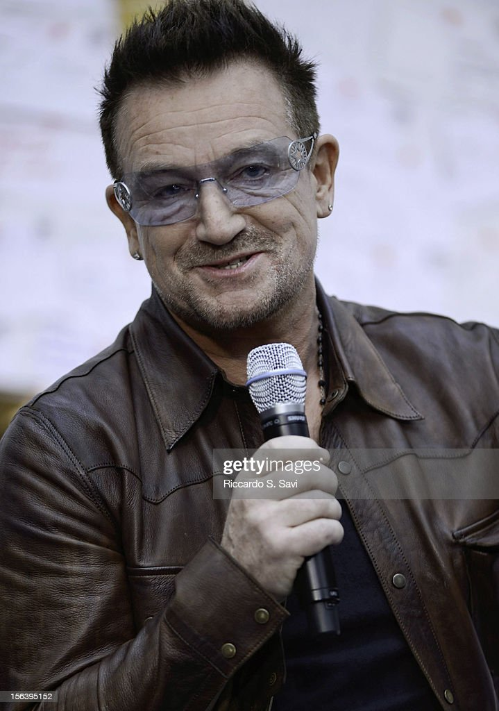 <a gi-track='captionPersonalityLinkClicked' href=/galleries/search?phrase=Bono+-+Singer&family=editorial&specificpeople=167279 ng-click='$event.stopPropagation()'>Bono</a> speaks during a visit at the World Bank on November 14, 2012 in Washington, DC.