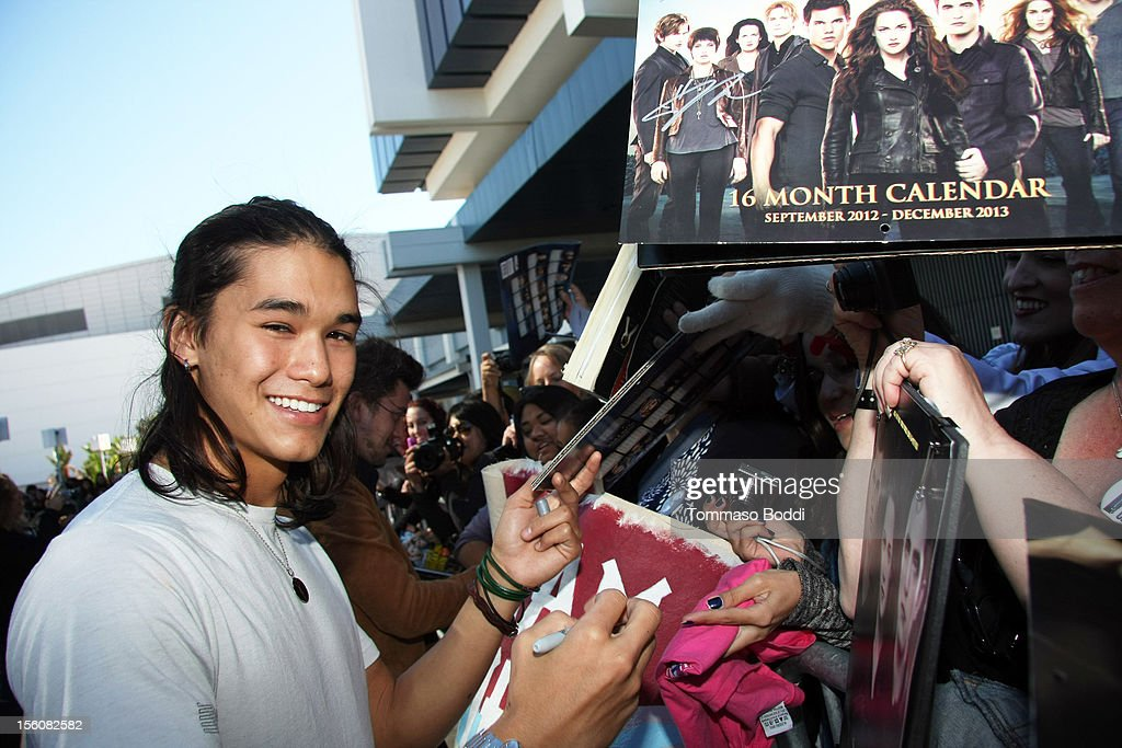 <a gi-track='captionPersonalityLinkClicked' href=/galleries/search?phrase=Boo+Boo+Stewart&family=editorial&specificpeople=4357776 ng-click='$event.stopPropagation()'>Boo Boo Stewart</a> attends the Twilight fan camp breakfast at L.A. LIVE on November 11, 2012 in Los Angeles, California.