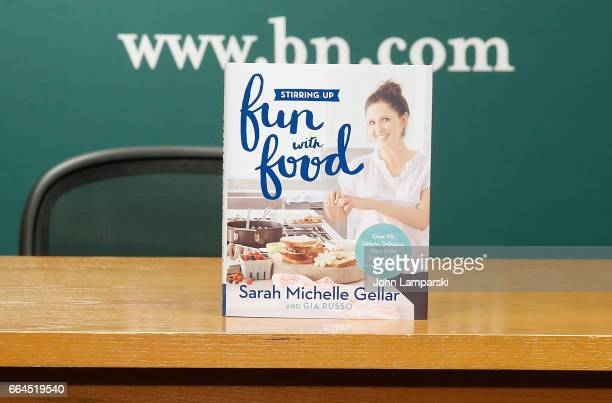 Book display as Sarah Michelle Gellar signs copies of her book 'Stirring Up Fun With Food' at Barnes Noble 5th Avenue on April 4 2017 in New York City