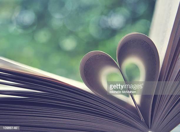 Book heart..