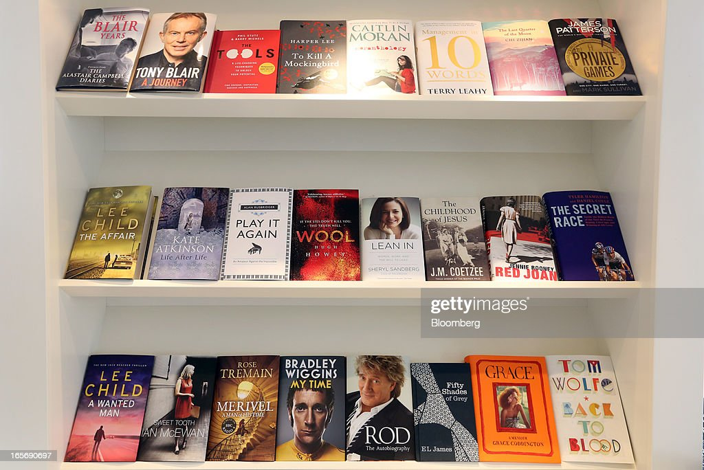 Books published by Random House sit on display at the company's U.K. headquarters in London, U.K., on Friday, April 5, 2013. Bertelsmann SE's Random House won European Union approval to buy Pearson Plc's Penguin unit to create the largest book publisher in the U.K. and the U.S. Photographer: Chris Ratcliffe/Bloomberg via Getty Images