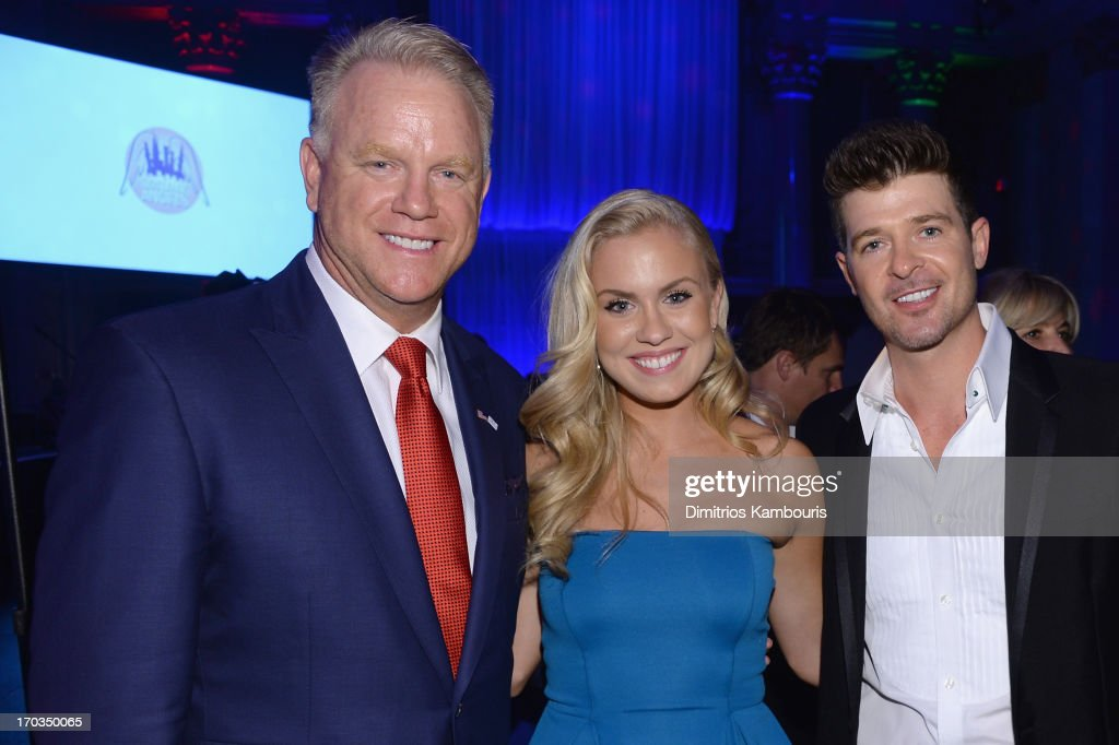 Boomer Esiason, Sydney Esiason and Robin Thicke attend the Samsung's Annual Hope for Children Gala at Cipriani's in Wall Street on June 11, 2013 in New York City.