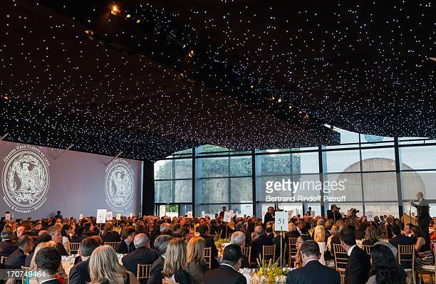 Bordeaux mayor Alain Juppe delivers a speech during the dinner of Conseil des Grand Crus Classes of 1855 hosted by Chateau Mouton Rothschild on June...