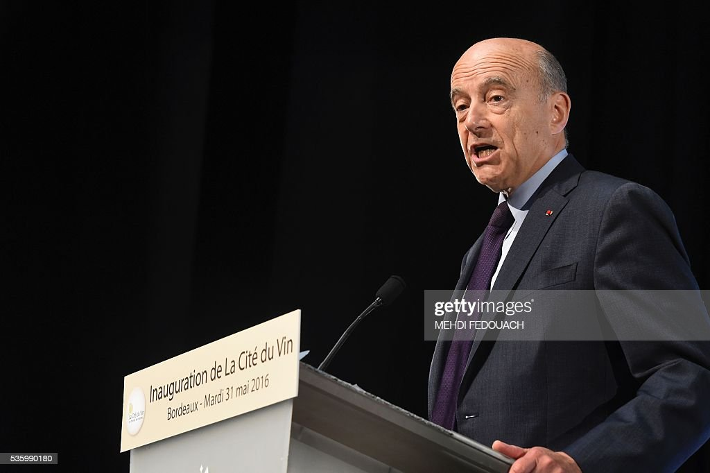 Bordeaux Mayor Alain Juppe delivers a speech during the inauguration of the Cite du Vin (Wine Museum) on May 3, 2016 in Bordeaux, western France. New cultural, touristic and architectural symbol of Bordeaux, the Wine Museum, would like to attract 450,000 visitors per year. It will open on June 1. / AFP / POOL / MEHDI