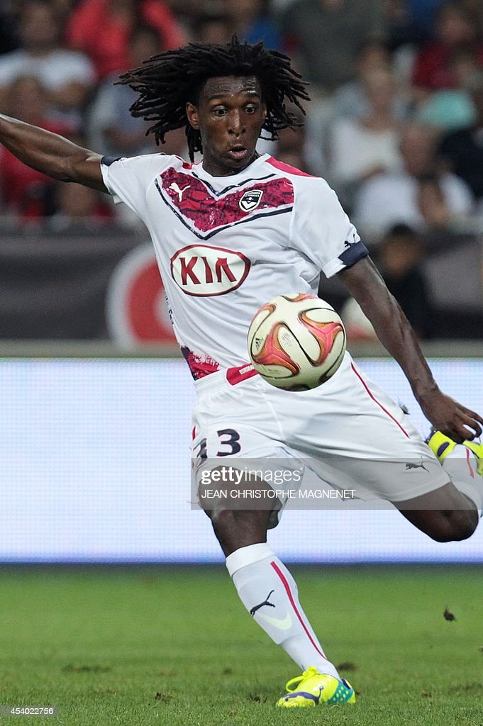Bordeaux' Sessi D'Almeida shoots the ball during the French L1 football match Nice (OGCN) vs Bordeaux (FCGB) on August 23, 2014 at the Allianz Riviera stadium, in Nice, southeastern France.