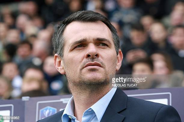 Bordeaux's French coach Willy Sagnol looks on during the French cup round of 64 football match between Girondins de Bordeaux and Toulouse on January...