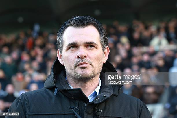Bordeaux's French coach Willy Sagnol looks on during the French L1 football match between Girondins de Bordeaux and Guingamp at the ChabanDelmas...