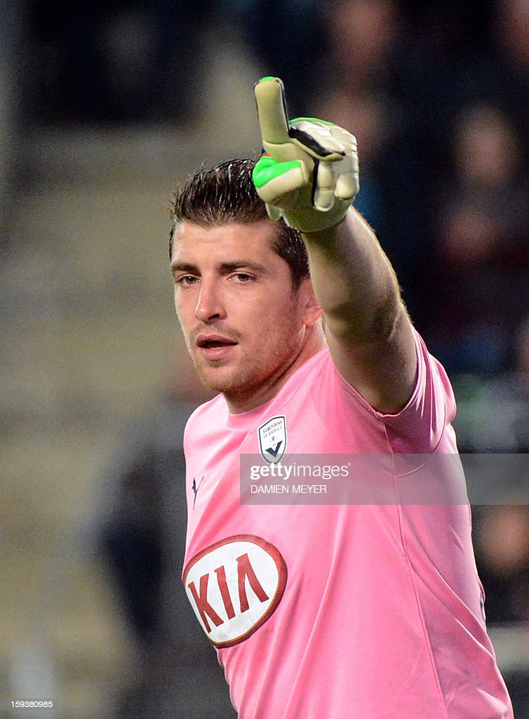 Bordeaux's French goalkeeper Cedric Carrasso gestures during the French L1 football match between Rennes and Bordeaux on January 12, 2013, at the Route de Lorient stadium in Rennes, western France.