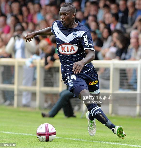 Bordeaux's Malian midfielder Abdou Traore plays during the friendly French L1 football match Brest vs Bordeaux on July 27 2011 in Pontivy western...