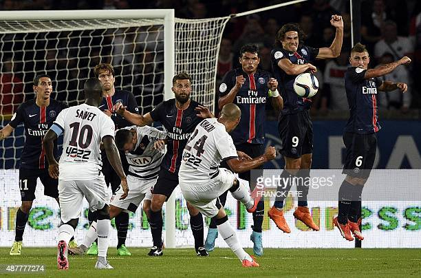 Bordeaux's Tunisian midfielder Wahbi Khazri takes a free kick during the French L1 football match between Paris SaintGermain and Bordeaux at the Parc...