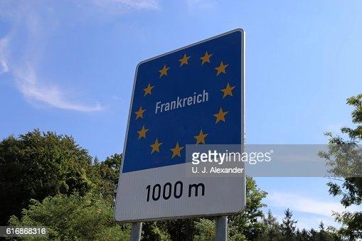 Border sign France : Stock Photo