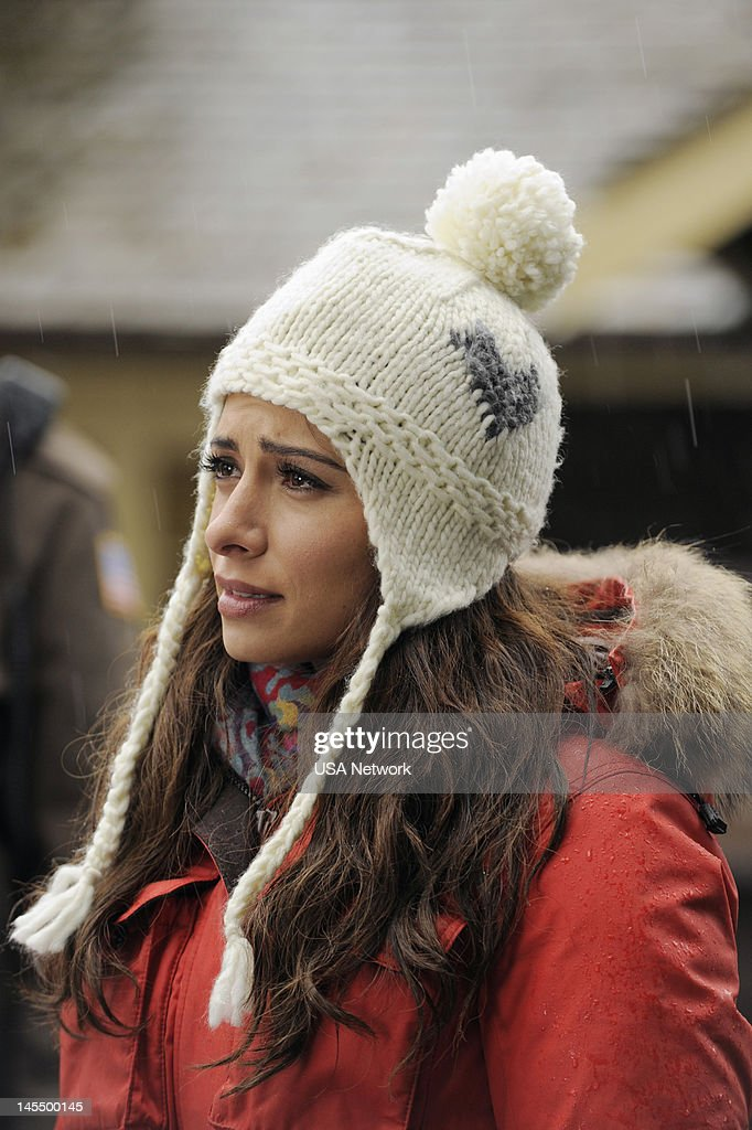 LEGAL -- 'Borderline' Episode 211 -- Pictured: <a gi-track='captionPersonalityLinkClicked' href=/galleries/search?phrase=Sarah+Shahi&family=editorial&specificpeople=538555 ng-click='$event.stopPropagation()'>Sarah Shahi</a> as Kate Reed --