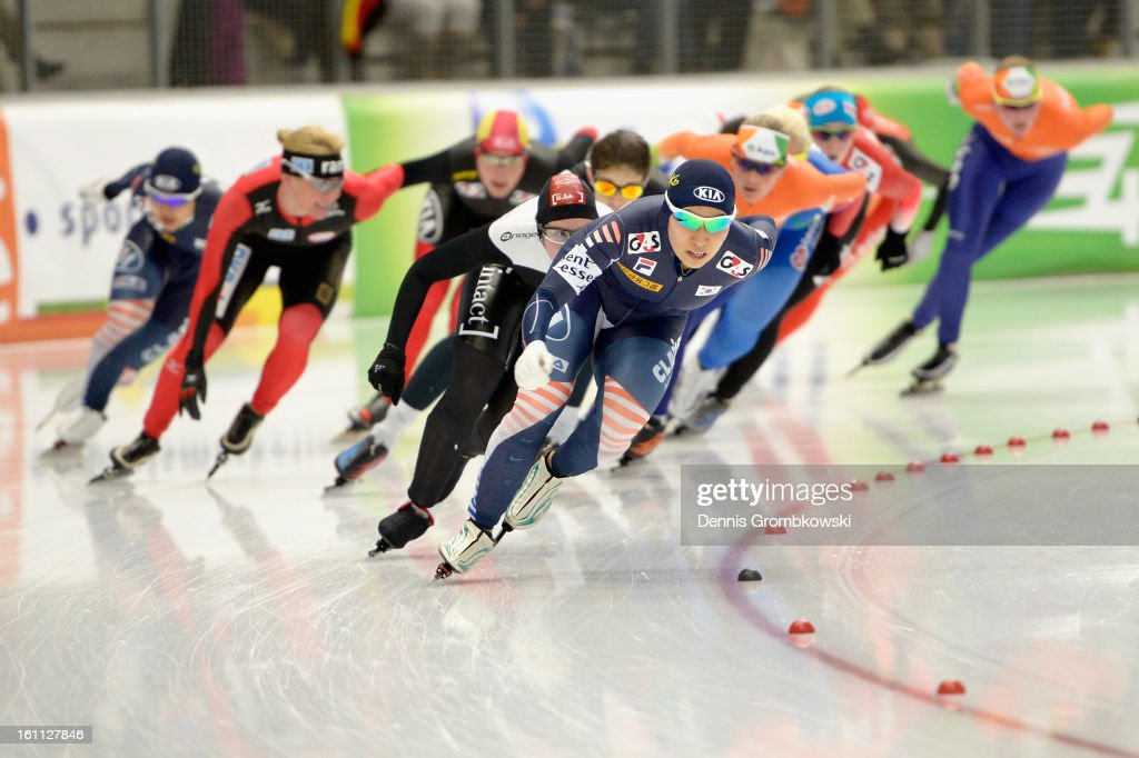 Bo-Reum Kim of Korea leads the field in the Women's mass start race during day one of the ISU Speed Skating World Cup at Max Eicher Arena on February 9, 2013 in Inzell, Germany.